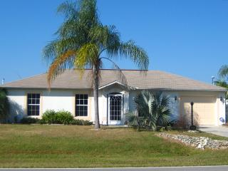 Furnished Punta Gorda home beautiful large yard