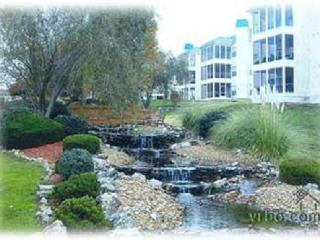 3BR/3BA Meadow Brook Condo in a GREAT LOCATION