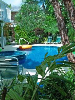 Heated Pool and Spa at Siesta Key Inn