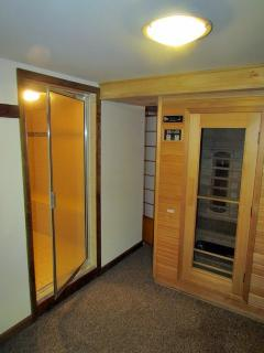 Enjoy steam room and sauna.