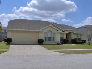 Relaxing Disney Area 3 BR 2BA Pool Home, Four Corners