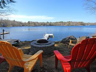 Private Lakefront Home located close to Beaches!