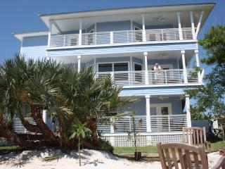 Beautifully Appointed New Beach Home, New Smyrna Beach