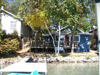 Waupaca Chain of Lakes Rental, Columbia Lake