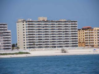 DIRECT OCEAN FRONT, Shores Club, Weekly OK, WIFI,, Daytona Beach