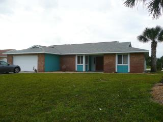 Ormond by the Sea!  Beach House w/ Pool - by Owner, Ormond Beach