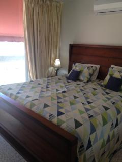 King size bed in second big bedroom/ twin size bed also in this room with view