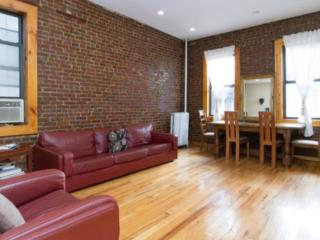 LARGE QUIET GREAT FOR A FAMILY STAY, Nueva York
