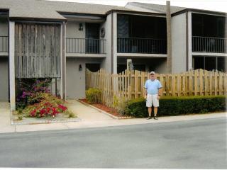 2 bedroom condo located beside Royal Oak G..C. 6th, Titusville