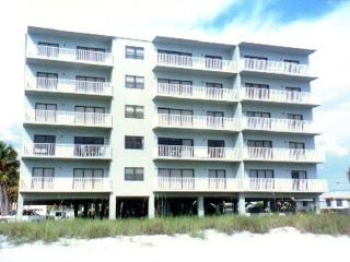 Collwood, 2 bedroom Gulffront Luxury Condo, Madeira Beach