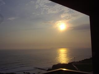 Miraflores Ocean View Apart Available  10 May2016, Lima
