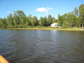 Lake front get away, Portage