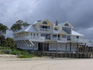 Bayou Belle : Beautiful 5 Bedroom Beachfront House