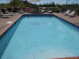 Luxury 4 Bed Villa with private pool, AC & Wifi, Jolly Harbour