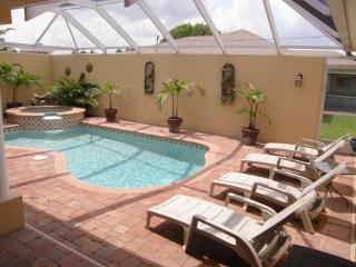 Villa Tuscany - Cape Coral - Courtyard House