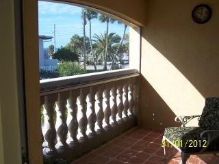 Condo Rental Next to Lido  Beach!, Sarasota