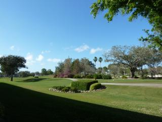Relaxing Getaway at Tara Golf and CC, Bradenton