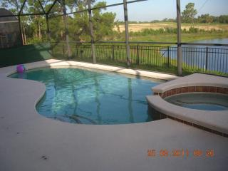 ORLANDO DISNEY 4 / 5 BED VACATION POOL HOME  690., Davenport