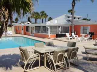 OCT & NOV SPECIALS - LUXURY BEACHSIDE HOME  WITH POOL -  5BR/ 3BA -#348