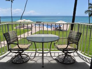 Beachfront condo in Maili Cove, Oahu, Hawaii