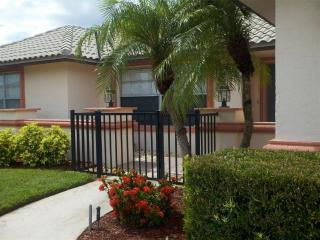 Immaculate Home with All New Furnishings, Marco Island