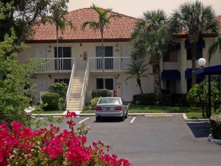 Boca-Raton FL rental next to golf course & Beach