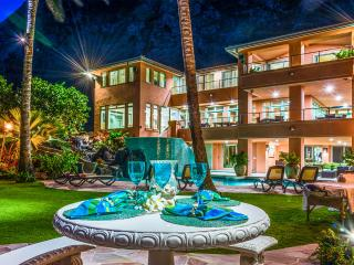 Royal Hawaiian Oceanfront Luxury Beach Estate., Waimanalo