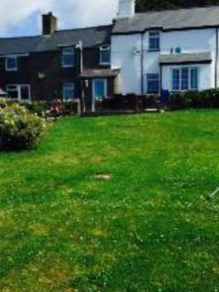 Abersoch holiday cottage - llanengan village