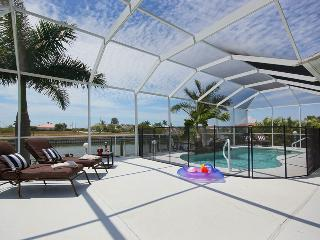 5 Bedroom Sunset Waterfront Villa, Cape Coral
