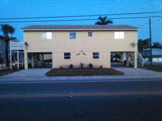 The Anna Maria Island Beach Retreat, Holmes Beach