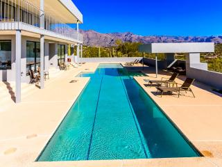 Luxury Retreat with Skyline Views and Private Pool, Tucson