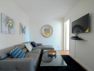 Stay on Upper West Side, 3 Bedroom with Balcony.., New York City