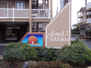 Oceanfront Vacation Complex...2 Pools, Carolina Beach