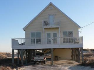 BOOK FALL RENTALS NOW!   BEACH SIDE; SLEEPS 8;PETS, Fort Morgan
