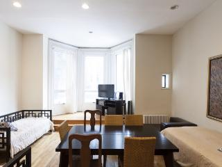 Stay off Park Avenue, in this 2 Bed 2 Bath, New York City