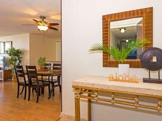 Totally Remodeled Free Parking Waikiki Lanais 2 Bdrm, Honolulu