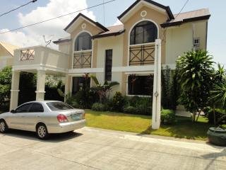 New and Affordable Vacation House near Tagaytay, Tranca