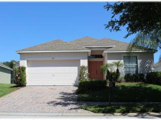 3 BR/2BA with Pool, 1 Exit to Disney