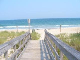 $$JULY DEAL$$MoonSpinner Cottage-Huge Seaside Porch, Oceanfront-Amazing Location
