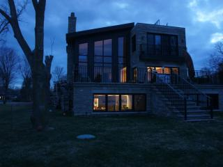 Lakefront home on Lake Simcoe, Innisfil