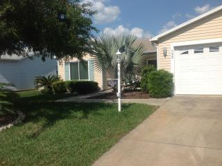 LOVELY 3BR, THE VILLAGES-4 seat golf cart incl., The Villages