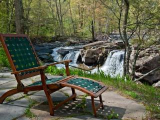 Waterfall & Mountain Views,  Near Woodstock & HITS, Palenville