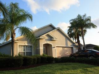 Gated home, minutes to Fort Myers Bch, Sanibel