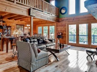 'Pura Vida' Extremely Private 3BR Bostic Cabin w/Wifi, Wraparound Deck & Stunning Water Views - Easy Access to Lake Lure, Neighboring Towns & Various Outdoor Activities!