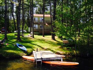 Waterfront Fun Pet Friendly Vacation Rental Camp, Gorham