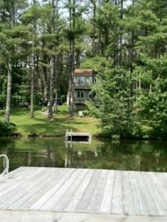 Sun drenched Summer Maine Vacation Rental in Maine offers fun on the river.