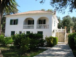 Villa Maria Near Fontana, Paxos (Sleeps 2-4)