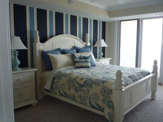 Luxurious, Georgeous, 3 BR Condo, Ocean City