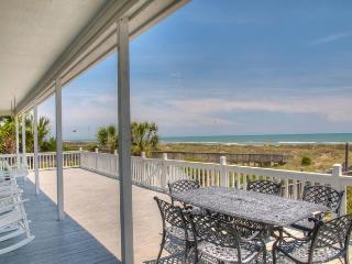 Perfect for Families! Oceanfront Luxury, Privacy, North Myrtle Beach