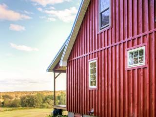 1BR + Spacious Loft Mayville Cabin on 150 Acres!